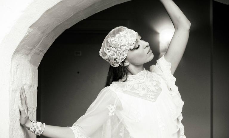 Un bonnet pour la mariée