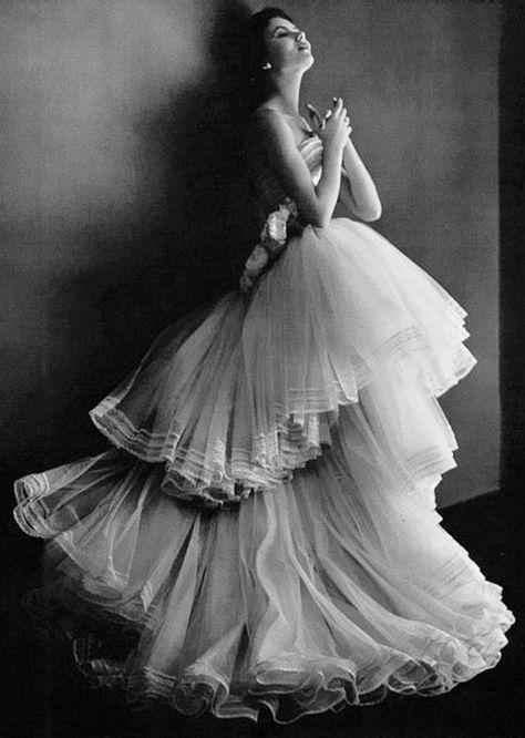 08 Christian Dior, 1950