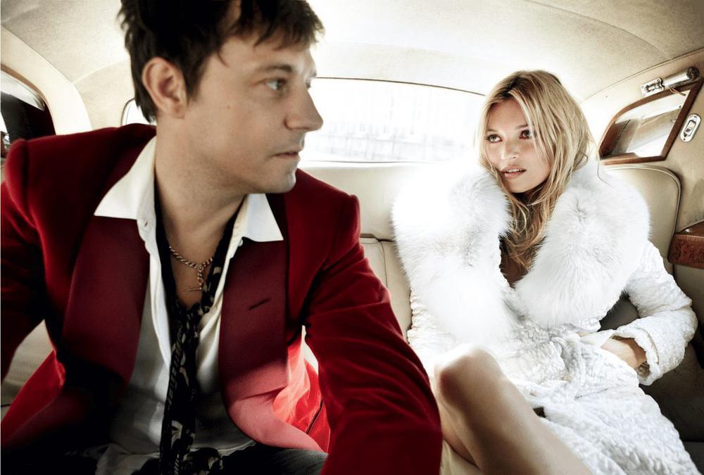 Photo mariage kate moss for Robe de mariage de kate moss tomber