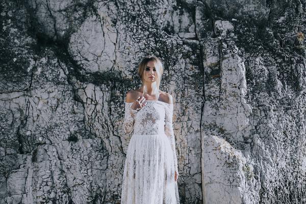 Collection 2017 Manon GONTERO - Noces de Chypre - LARA -421