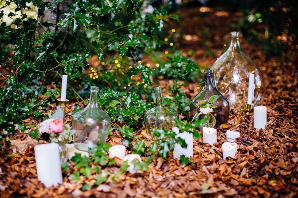 Elopement Into the Woods Ariège Pyrénées - Floriane Caux - Madame Coquelicot - Poppy Figue Flower