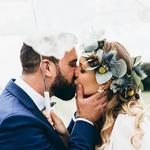 """💖✨""""Promenons-nous dans les bois, ça vous dit quelque chose ? Ça vous rappelle des souvenirs ? Céline et Alban ont fait de cette comptine le thème de leur mariage avec de jolies touches bohème ici ou là pour créer un mariage dans les bois, beau comme tout ! ⠀ ⠀ Qu'en dites-vous ? 🌳⠀ ⠀ ⠀ 👉✨ Cliquez sur notre pp pour plus de détails dans la story⠀ ⠀ — 🌿Les super prestas 🌿—⠀ ⠀ 📷Photo : @lelabodefif⠀ 💍Alliances :@emmanuellezysman 🎧DJ : @latelierdesemotions 📦Location mobilier : @ameleventparis 🍰 Wedding cake : @justladycake — 🌿🌿🌿🌿🌿🌿🌿🌿—⠀ ⠀ #bridalideas #unbeaujour #mariagefrance #mariageboheme #inspirationmariage"""