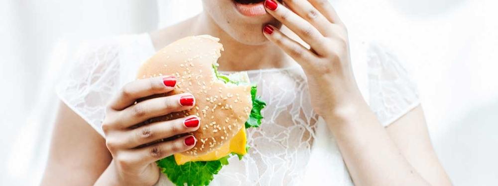(Français) Comment entretenir votre robe de mariée